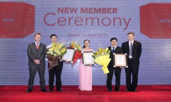 Lễ trao chứng chỉ hội viên mới ACCA năm 2013