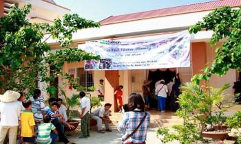 """Chương trình từ thiện """"TẾT CHOL CHNAM THMAY – NIỀM VUI ĐỒNG BÀO KHMER"""" năm 2014."""