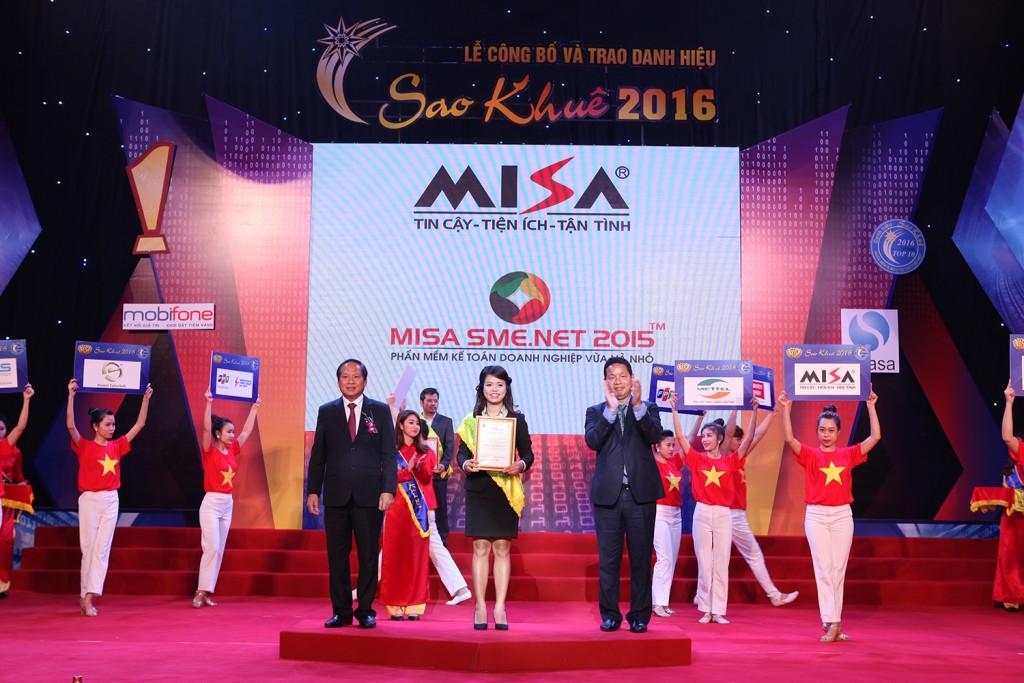 nhan giai top 10 Sao Khue sp MISA SME.NET